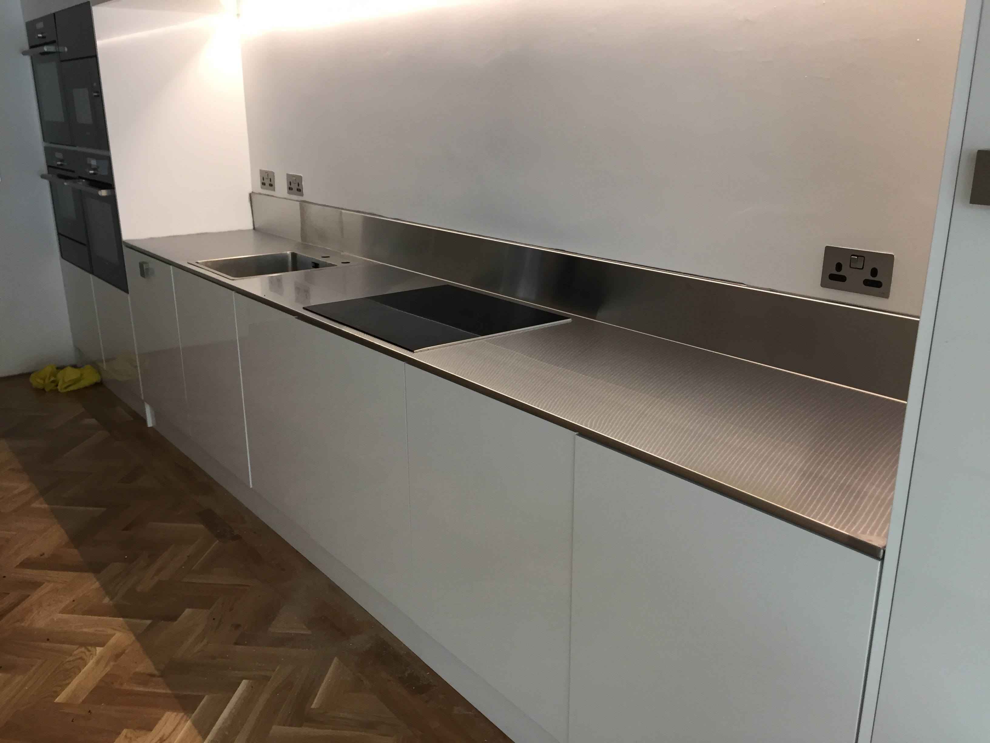 Stainless steel bar counters bkr stainless steel for Domestic bar design